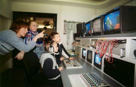 Kinderfernsehen aus dem Zirkuszelt