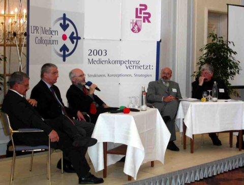 Rheinland-Pfalz knüpft Medienkompetenz-Netzwerke