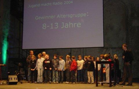 Jugend macht Radio 2004 – 17 Preise für Jugendradios