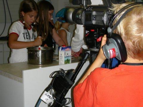 """""""Tischlein Deck Dich"""": Kinder kochen um die Wette"""