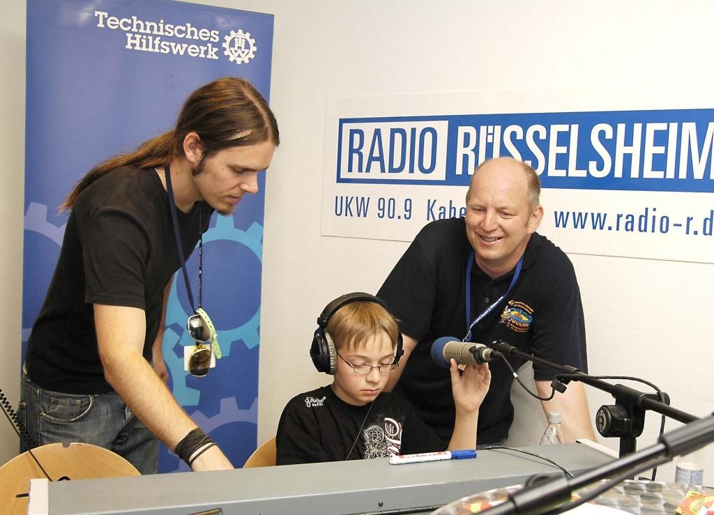 Radioprogramm für 500 Zelte