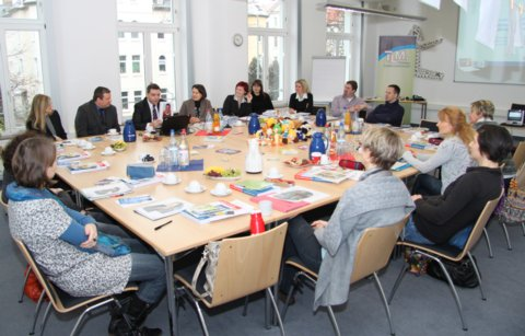 Thüringer Lehrer fit in neuen Medien!