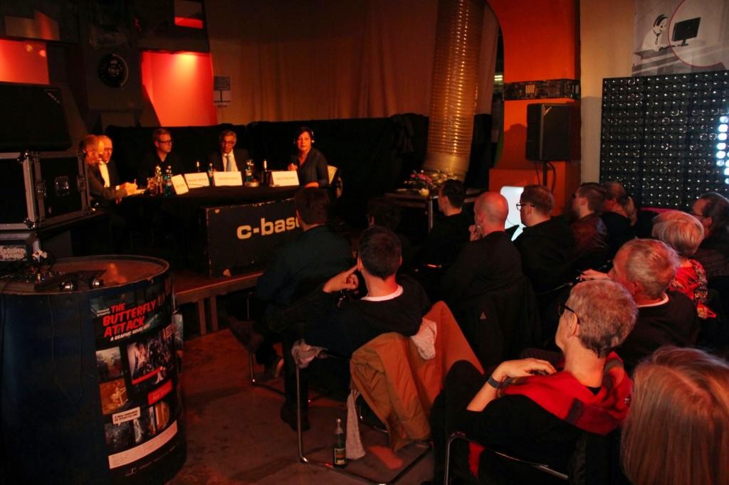 Recht auf Mitsprache – Mediale Teilhabe und alternative Zugänge zum Rundfunk
